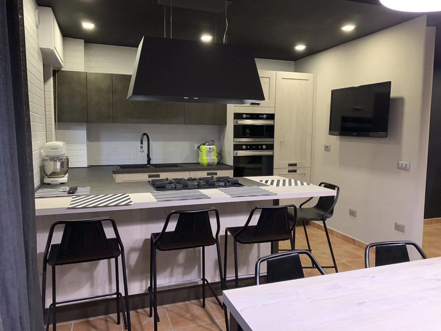 Cucina-Creo-Kitchens-Kyra-a-Telaio2.jpg