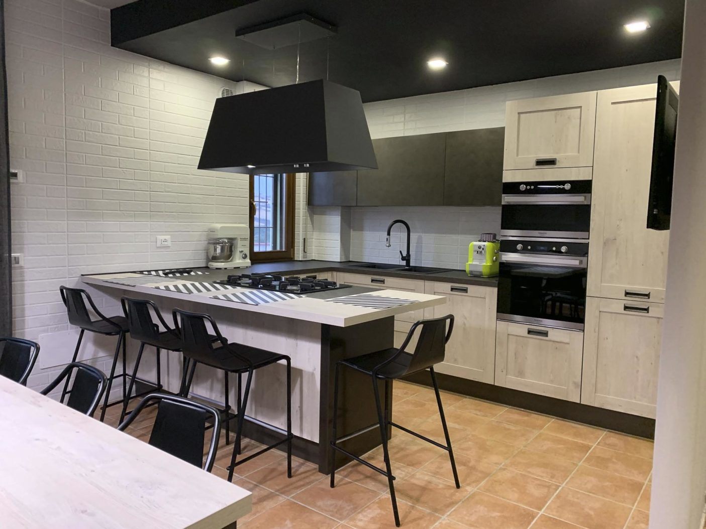 Cucina-Creo-Kitchens-Kyra-a-Telaio5.jpg