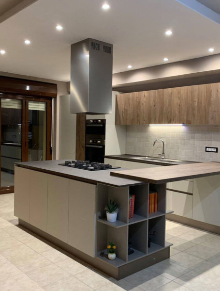 Cucina Creo Kitchens Tablet Personalizzata