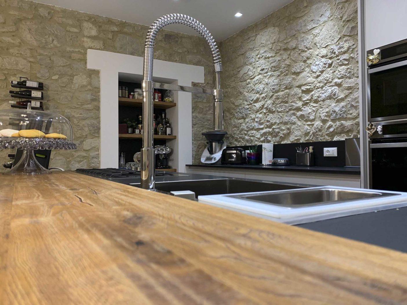Cucina-personalizzata-Lyons-Domus-Arte6.jpg